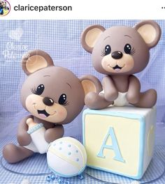 Bear Polymer Clay Projects, Clay Crafts, Clay Bear, Torta Baby Shower, Salt Dough Crafts, Cupcake Day, Teddy Bear Cakes, Cake Topper Tutorial, Diy Silicone Molds