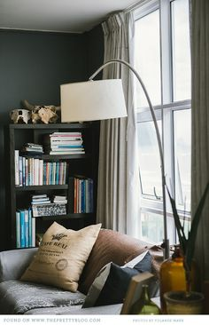 Beach Front Bachelor Pad {Home Tour} | {Home & Decor, Real Homes} | The Pretty Blog