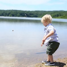 Old fashioned throwing-rocks-into-the-water game. After being cooped up all week under quarantine we finally got out as a family over the weekend. I can't say I had a note worthy outfit but Felix looked pretty cute (thanks @oldnavy!) check out the full post today on the blog!