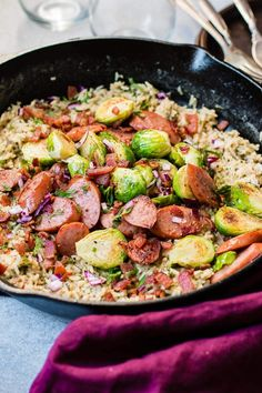 One Skillet Cheddar Broccoli Rice with Kielbasa - Oh Sweet Basil Rice Recipes, Chicken Recipes, Dinner Recipes, Cooking Recipes, Healthy Recipes, Dinner Ideas, Sausage Recipes, Cheese Recipes, Delicious Recipes