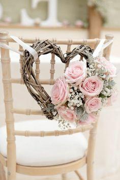 comment choisir la décoration mariage pour les chaises