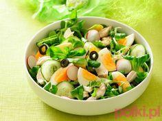 Sałatka z kurczakiem i jajkami - przepis składniki i przygotowanie -Przepisy kulinarne - przepis #polkipl #przepisy #salat #dinner #easter #food #salatki #wielkanoc
