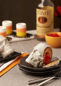 Spiced Apple Mini Skull Lava Cakes infused with @titosvodka-spiked, applesauce-infused, cinnamon flavor.