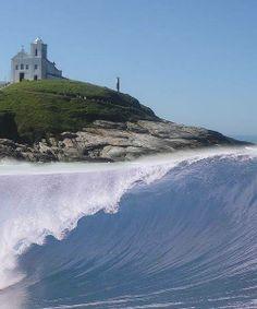 "Saquarema. ""Capital nacional do surfe""."