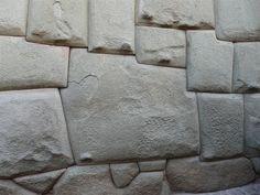 pedra dos 12 angulos, cusco PERU