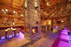 Skihütte mit großem Kamin in Flachau
