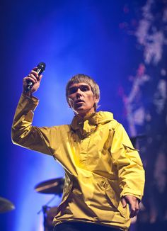 Ian Brown Photos - Ian Brown of The Stone Roses performs on day 2 of the Isle of Wight Festival at Seaclose Park on June 2013 in Newport, Isle of Wight. - General Views of the Isle of Wight Festival Isle Of Wight Festival, Ian Curtis, Paul Weller, Stone Roses, Indie Room, Britpop, Music Wallpaper, Brown Fashion, Tattoo Designs Men
