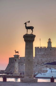 Sunset at Rhodes island, Dodecanese, South Aegean Sea, Greece Rhodes Island Greece, Greece Islands, Beautiful Islands, Beautiful Places, Pyramids Egypt, Greek Beauty, Travel Memories, Ancient Greece, Greece Travel