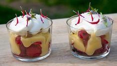 Friske Bær i Sitronkrem Tareq Taylor, Frisk, Garam Masala, No Bake Desserts, Wine Recipes, Mousse, Curry, Good Food, Pudding