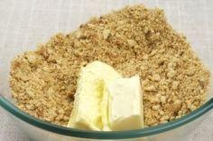 Фото к рецепту: Йогуртовый низкокалорийный торт с киви и бананом