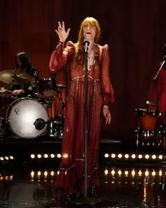 """Florence and the Machine on Instagram: """"Florence welch from @florenceandthemachine with James Corden and Jamie Doman for @latelateshow  #florenceandthemachine #Florencewelch"""" Gucci Florence, Florence Welch Style, Florence The Machines, Music Icon, Style Inspiration, Concert, My Style, Clothes, Singing Quotes"""