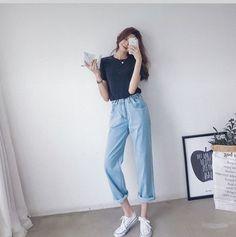 Korean Girl Fashion, Korean Fashion Trends, Korean Street Fashion, Ulzzang Fashion, Casual Asian Fashion, Korea Fashion, Korean Casual Outfits, Cute Casual Outfits, Simple Outfits