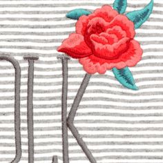 T-Shirt rayé écru et gris chiné Broderie « folk » et « fleur gispsy »
