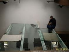 Suspended floors made of tempered and laminated glass. Resin floors with solid wood insert Wood Insert, Laminated Glass, Glass Floor, Floor Design, Floors, Solid Wood, Simple, Furniture, Home Decor