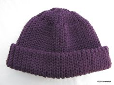 Tässä vielä toisenkinlainen virkattu pipo Novitan Kelosta. Ohjeet pipon virkkaamiseen alempana.   Here's another kind of crocheted beanie ma...