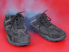 I already know How to remove the bad smell from my shoes. Do you know what to do with yours? Read here to find the way to a world without smelly shoes.