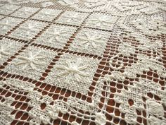 PRETTY Vintage Handmade ITALIAN Knotted Filet Lace 6 PLACEMATS Clean Ecru STARS  $65.00
