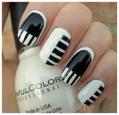 Creativenails4fun: ~Nail art~ Piano Manicure!