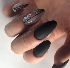 Latest Photographs Toe Nail Art with gems Concepts Normally when we believe involving toes, the world thinks they're dirty and indeed never the prett G Nails, Gelish Nails, Pink Nails, Hair And Nails, Perfect Nails, Gorgeous Nails, Pretty Nails, Manicure E Pedicure, Nagel Gel