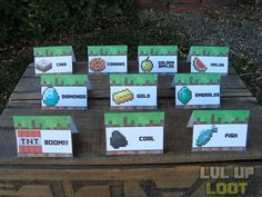 Need to figure out how to make these!  10 Minecraft Food Tent Cards - DIY Minecraft Party - Instant Downoad Minecraft Food Tents