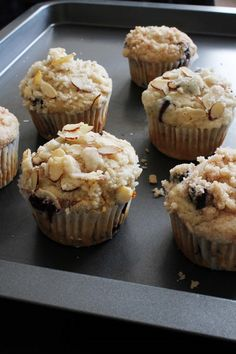 Eggless Blueberry streusel muffins recipe - Blueberry muffins reipce