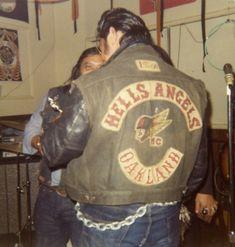File0906 Biker Clubs, Motorcycle Clubs, Motorcycle Humor, Angels Logo, Harley Davidson Art, Vintage Biker, Harley Bikes, Hells Angels, Easy Rider