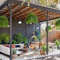 36 Ideas outdoor patio diy cement for 2019 Backyard Seating, Backyard Patio Designs, Pergola Patio, Diy Patio, Backyard Landscaping, Gazebo, Flagstone Patio, Budget Patio, Patio Privacy