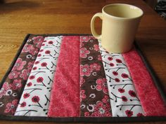 Quilt SPRING Mug Rug Snack Mat Candle Mat Quilted