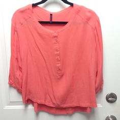 3/4 Sleeve Peach Top Cute peach top for any occasion Tops Blouses