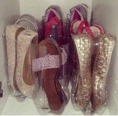 DIY And Household Tips: Turn Empty Plastic Pop Bottles Into Shoe Organizer. Shoe Storage Hacks, Tote Storage, Organization Hacks, Storage Ideas, Small Storage, Diy Storage, Organizing Shoes, Closet Storage, Storage Solutions