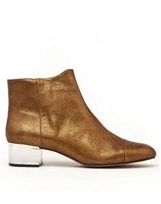 gala gonzalez mango touch O M G Gala Gonzalez, Primark, Bootie Boots, Ankle Boots, B Fashion, Mango Fashion, Gold Boots, Zara, Fall Lookbook