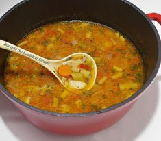 Soup Recipes, Cooking Recipes, Romanian Food, Curry, Food And Drink, Ethnic Recipes, Armenia, Food, Zucchini
