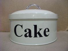 Cake! Kitchen Items, Kitchen Gadgets, Kitchen Storage, Cake Tins, Cake Plates, Pie Carrier, Cake Cover, Plate Stands, Pie Plate