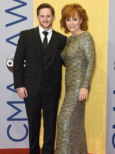 Shelby Blackstock and Reba McEntire Best Country Singers, Old Country Music, Country Music Quotes, Country Girls, Queen Pictures, Star Pictures, Loretta Lynn Children, Country Music Association, Reba Mcentire
