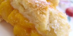 Southern Peach Cobbler I must make this soon!