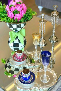 Coffee Cups And Saucers, Cup And Saucer, Turkish Coffee, Coffee Cafe, Tea Time, Tea Party, Coffee Lovers, Table Decorations, Bird Houses