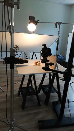 photographing white pearl ring on some random bleached nuts Some uncovered lighting manufacturers now have enough money Food Photography Lighting, Photo Lighting, Jewelry Photography, Light Photography, Creative Photography, Photography Tips, Photography Composition, Photography Studios, Industrial Photography