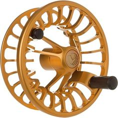 The all new RISE continues Redington's ongoing quest to think beyond the bounds of traditional reel designs. It features a u-shaped large-arbor and a compact carbon fiber drag syst