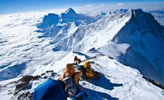 My Near-Death Experience at the Top of Mount Everest [PHOTOS]