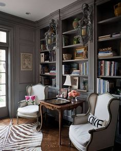 Fabulous French Country Rug To Apply Asap - Rearwad Country Furniture, Home, Home Office Design, Home Office Decor, Country Office, Home Library Design, French Country Rug, Interior Design, House Interior