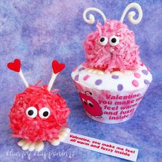 Hungry Happenings: Valentine's Day Warm Fuzzy Cake Balls and Cupcakes