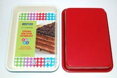 casaWare Ceramic Coated NonStick 9 X 13 x 2-Inch Rectangular Cake Pan (Cream/Red)