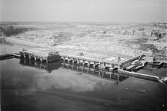 Concrete U-boat pens at Brest - Category:World War II aerial photographs of France - Wikimedia Commons