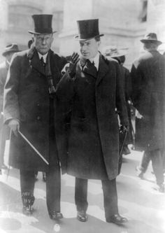 Rockefeller and his son John D. Rockefeller, Jr. in 1915