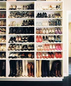 #closet Source: Lonny - www.lonny.com/photos/Closet/trJRk98wBxV View entire slideshow: Amazing Closets on http://www.stylemepretty.com/collection/193/