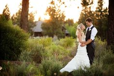 Buttons n' Blossoms: Mickelle & Aaron's Broken Top Wedding by Kimberly Kay Photography