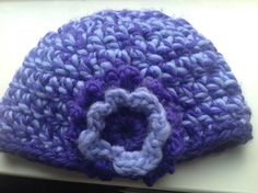 Simple beanie with flower