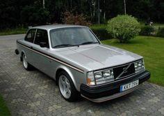 Nicely Restored 1979 Volvo 242GT