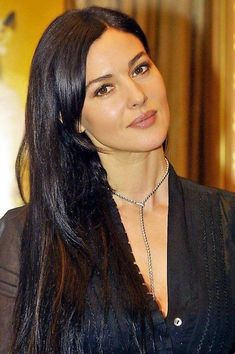 Mónica Bellucci 1202 Malena Monica Bellucci, Monica Belluci, Monica Bellucci Photo, Italian Actress, Italian Beauty, Hollywood Actresses, Hollywood Fashion, Celebs, Celebrities