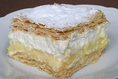 Krémové řezy z listového těsta Sweet Recipes, Cake Recipes, Hungarian Desserts, Bread Dough Recipe, Delicious Deserts, Something Sweet, Vanilla Cake, Nutella, Sweet Tooth